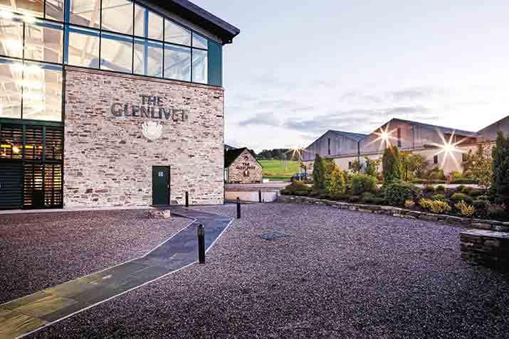 whisky escocés Glenlivet destilería int2